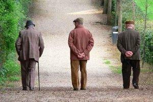 L'invecchiamento ha modificazioni biologiche e psicologiche